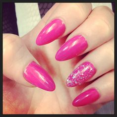 Pink claw nails!