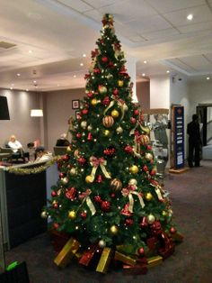 It's that time of year again, our festive decorations are being put up! #Christmas #Hohoho #cardiff #ParkInn