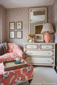 Traditional cottage style infused with non-traditional cottage style. Beautiful!