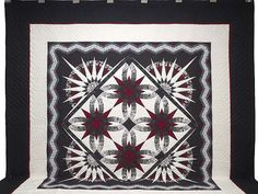 King Black Crimson and White Sedona Quilt Photo 2