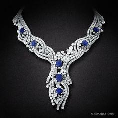 Van Cleef & Arpels Sept Etoiles necklace, Palais de la chance collection.