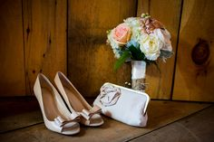 wedding-shoes-and-flowers