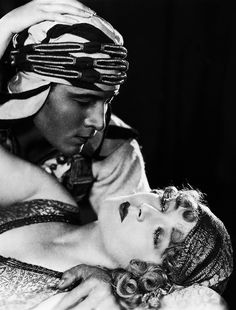 """Rudolph Valentino and Vilma Banky """"The Son of the Sheik"""""""