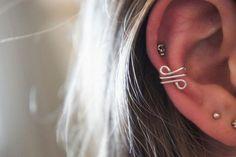 DIY Jewelry DIY Ear Cuffs : DIY: Simple Wire Ear Cuff