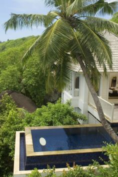 nonconcept:  Banyan Tree Hotel, Seychelles.