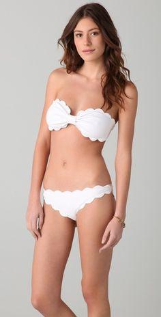 such a cute bikini!