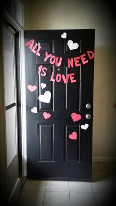 Valentines day diy door decor