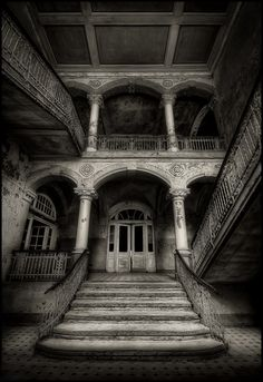 Abandoned Southern Mansion