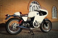 BMW R100RS Monolever by Flat Racer.