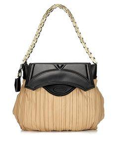 That's A Fabulous Handbag  - can never afford it..., www.LadiesStylish.com ... Good. #ElegantBags