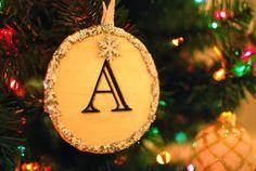 PB Knock Off: Glitzy Ornaments - crafterhours