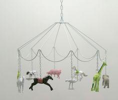 cute DIY idea: Carousel Mobile with plastic animals