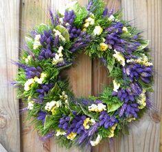 . tradit wreath, flower wreath, flower crafts, dried flowers, dri flower, floral wreaths, cut flowers