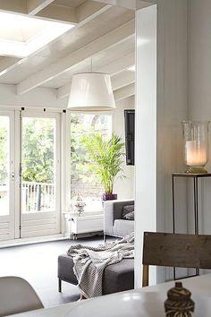 Wonen on pinterest caravaggio kitchen shelves and capes - Tv staan kleine ruimte ...