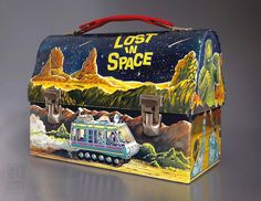 LOST IN SPACE vintage dome metal Lunch Box - 1967