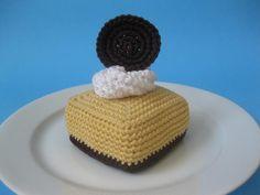Cheesecake Square - free pattern cheesecak squar, chocolates, crochet food, cheesecakes, fake food, crochet patterns, cake pattern, whipped cream, amigurumi