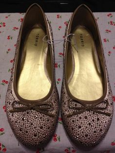 New Torrid PinUp Champagne Studded Ballet Flats W/ faux leather Bows Size 11w