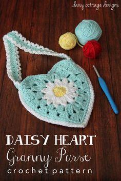 Small Purse #Crochet Pattern - Daisy Heart