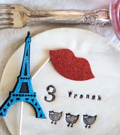 Add Parisian Flair to Your Tableware by setting the table with some vintage plates, silverware and napkins.  Make sure to get a sturdy set so they can last all year long! #ParisEscape #ParisCalling #5onFriday