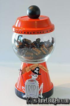 pot craft, diy halloween, halloween craft, flower pot, terracotta craft, halloween candy, halloween candi, candi jar, candy jars