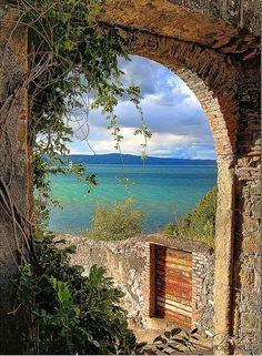 Gateway to seaside