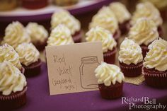 Red velvet cupcakes from Cupcake DownSouth: tailor-made for a South Carolina wedding! | photo credit Richard Bell Photography #weddingcupcakes #SCweddings