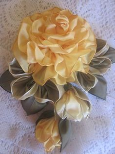 vintage french ribbon flowers free tutorial | millinery ribbon flower pin rose buds ribbon work for sale Pin Rose, Flowers Pin, Millinery Ribbons, Ribbons Flowers, Ribbons Art, Flowers Free, Rose Bud, Delicate Flowers, French Ribbons
