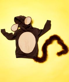 How to make a monkey suit for your child's Halloween monkey costume via @lisa Choe Simple