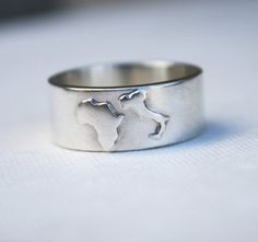 custom country ring customized jewelry unique mens wedding band Africa Italy promise ring.