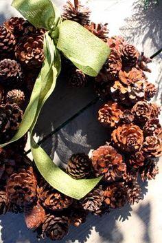 pines, christmas wreaths, pine cone, rustic christmas, cone wreath, christmas ideas, winter wreaths, pinecon wreath