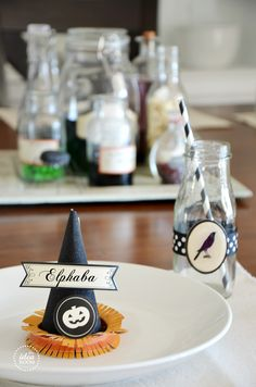 Halloween Place Card and Table Decor