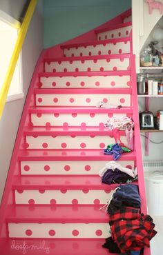 pink-polka-dot-stairs-Dos-Family-on-Remodelaholic.jpg 660×1,037 pixels