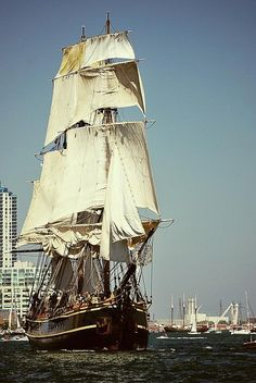 They're back! Bay City Michigan. Tall Ships Celebration.