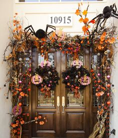 front door Halloween décor