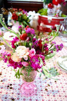 Gorgeous flower arrangement for tables!