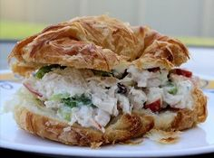 5 Minute Chicken Salad - Can you believe how fast this easy picnic recipe is to prepare? A creamy and delicious chicken salad can be yours in just 5 fast minutes with this simple recipe!