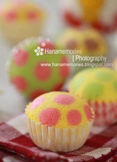 Make polka dot cupcakes!