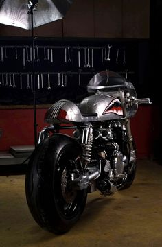 BARRACUDA CB 750 Silver Bullet by White Collar Bike (via RocketGarage)