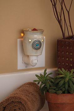 #Scentsy Plug-in Warmer - Santa Fe