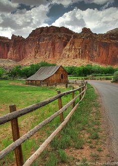 The ultimate picture of Americana … Capital Reef - Utah