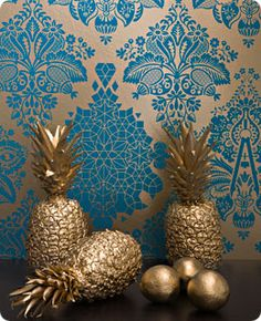 Regency Pineapple Reticule