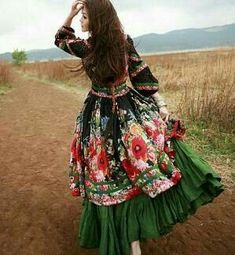 Gypsy style dress, boho fashion outfit, boho chic dress
