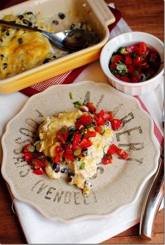 Green Chili Chicken Enchilada Casserole with Quick Pico de Gallo| iowagirleats.com