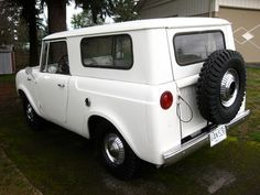 Old Parked Cars.: 1963 International Harvester Scout 80.