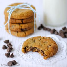 Gluten free chocolate chip cookies by Torie Jayne