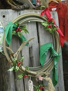 Western Christmas Wreaths | Stylish Western Home Decorating
