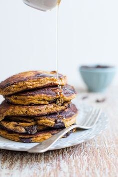 Chocolate Chip Pumpkin Pancakes – Gluten Free / blog.jchongstudio.com