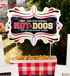Hot dog station for a cook-out, great idea for a block party!  Has free printables too!