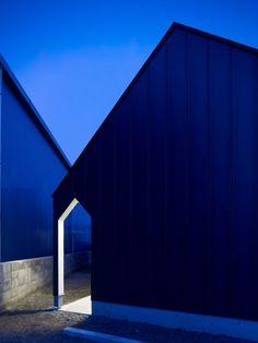 Photograph: Daici Ano  Branch House / KINO Architects