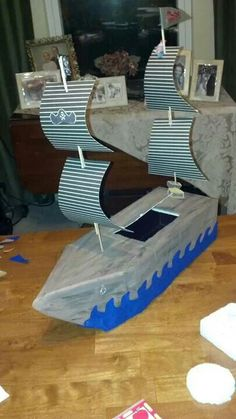 Boys pirate ship valentine box